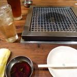 松竹亭 - ドリンク写真:ハイボール、烏龍茶