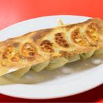 中国家庭料理大連 - 鮭餃子・焼(6個)@税込450円