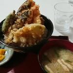 暖笑 - 料理写真:海老保立天丼1060円