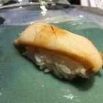 第三春美鮨 - メガイアワビ 630g 素潜り漁 千葉県勝浦 蒸し上げ歩留まり74%