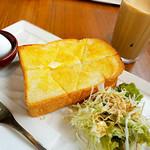 カフェダル - モーニング+50円でトースト1枚