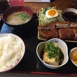 いなかもん - 料理写真:カツ定食900円。