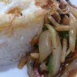 クルア・タイ - ・野菜たーっぷり