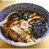 かみの屋 - 料理写真:煮干中華そば 700円 ベースは長岡中華そば、そこに煮干し香るスープを合わせた一杯です。個人的にはツボ♪