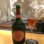 72689019 - ローランペリエ ロゼで乾杯