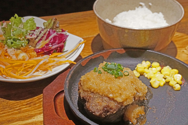 肉 バル 横丁 新潟 けやき 通り 店