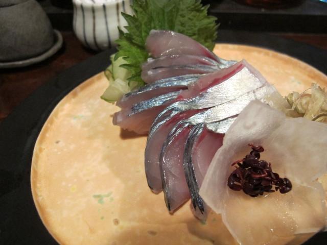 きはる - 泳ぎ鯖刺し