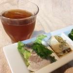 青葉 - 老酒と三品プレート 750円