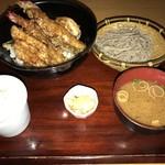 蕎麦・天ぷら 権八 - 【2017.8.22】上天丼と手打ち蕎麦のセット¥1900