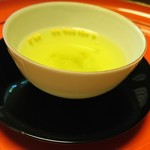 菊乃井 - アラレがかいらしいお茶