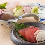【季節の三ぶん会席 牡丹(ぼたん)3,800円】お料理6品程度+お食事