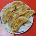 北京料理 東興樓 - 焼き餃子