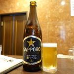 中国酒家 大三元 - ビールは黒ラベルをチョイス