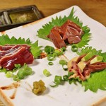 石橋屋酒とめし - 軍鶏肝刺し三種盛り合わせ(要予約)