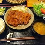 泰弘膳 - かつ定食