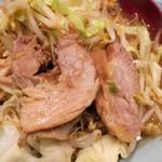 立川マシマシ - 隠れていた豚