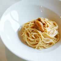Ristorante AMRIT - 開店以来のスペシャリテ【新鮮な生雲丹のクリームスパゲティ】