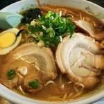 豚太郎カサブランカ - 料理写真:みそラーメン