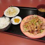 六福苑 - 料理写真:油淋鶏定食(2017/09/07撮影)