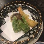 関所茶屋 - 天ぷら(お好みで)単品注文できます