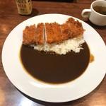 洋食亭ブラームス - ハーブ三元豚のカツカレー