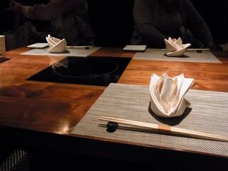 神戸プレジール - テーブル