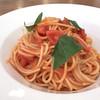 トラットリア オットブラータ - 料理写真:フレッシュトマトとバジルのパスタ