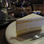 和居津 - 本日のケーキ(400円)はチーズケーキ