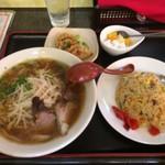北京 - ラーメン定食