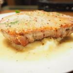 72744390 - 本日のランチ 1000円 の豚ロースのソテー マスタードソース マッシュポテト添え