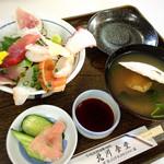 北川食堂 - 日替わり海鮮丼1090円!