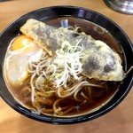 天亀そば - なす天そば+生卵(450円)