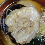 餃子の丸満 - チャーシューはちょっと薄いです>゜))彡