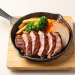 厚切り牛タン鉄板ステーキ