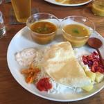 山食音 - 南インドのベジミールス 1200円