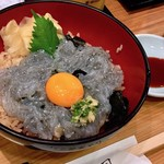 つきぢ神楽寿司 - 生しらす丼