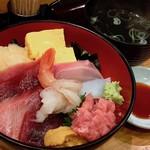 つきぢ神楽寿司 - おまかせ海鮮丼