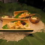 井中居 - 向附 胡麻豆腐 割り醤油 秋茄子 山かけ 旨出しゼリー おくら とんぶり 生姜