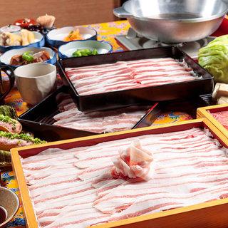 アグー豚×沖縄県産豚しゃぶが食べ放題!