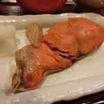 72779615 - 鮭塩焼きアップ