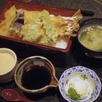 蕎麦処 吉田家 - 料理写真:天重(大車海老、車海老 各一本)3900円