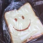 川越ベーカリー 楽楽 - プレミアム食パン
