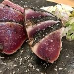 明神丸 - 藁焼き鰹のタタキ  塩