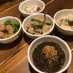 沖縄料理と島酒 星屑亭 - つきだし