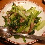 7279406 - 蒜苗肉絲(豚肉とニンニクの芽炒め)(500円)