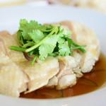 アジア食堂 パクパク - シンガポールチキンライス@税込990円 の チキン
