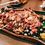 地鶏屋 亜門 - ○骨付きモモ焼き様