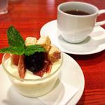 グリル森 - レアチーズケーキ/コーヒー✩