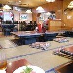 肉の田じま - 店内
