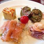 ハイアット リージェンシー 福岡 レストラン ル・カフェ - ル・カフェの冷たい前菜@ハイアットリージェンシー福岡